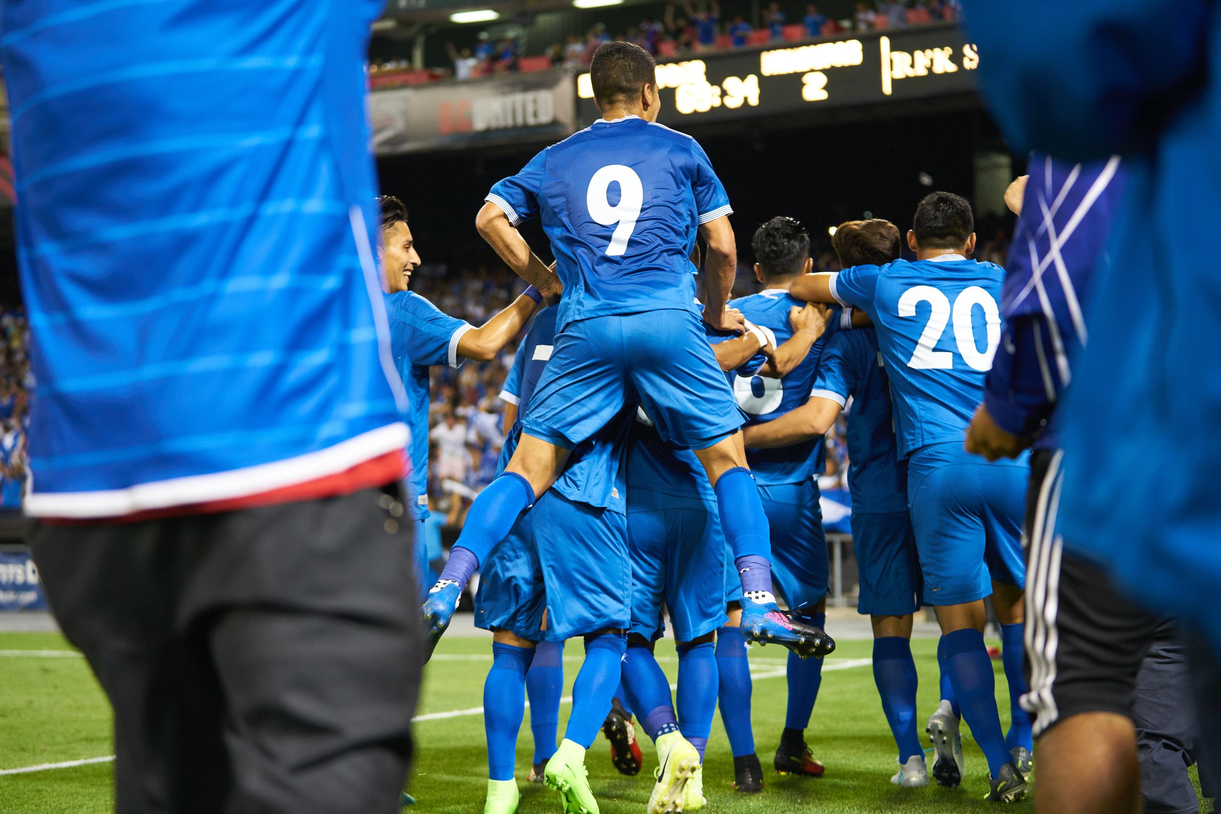 els_goal_celebration1.jpg