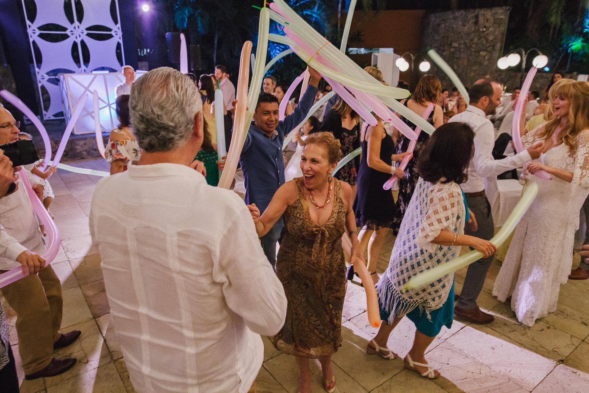 Kate+Luis_Married_Blog_0179.jpg