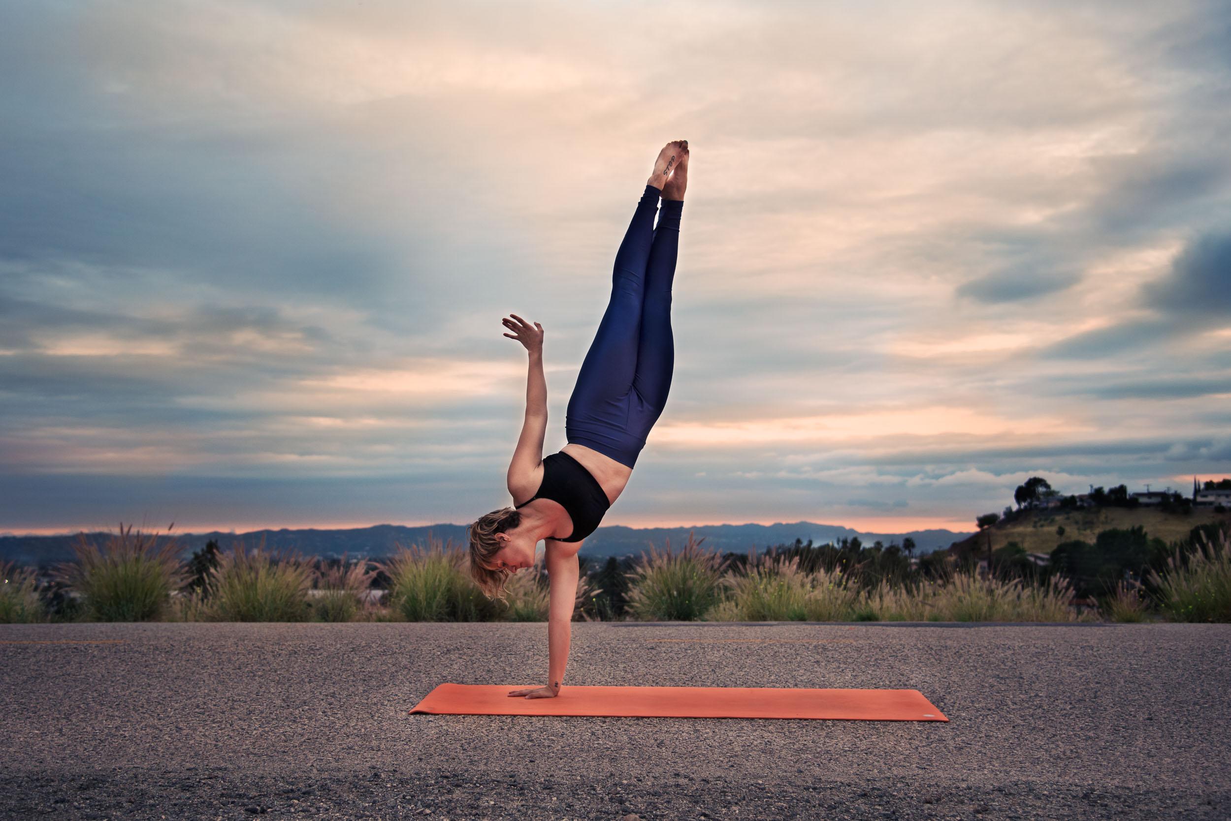 HB_Kacie_Yoga_2016_3057.jpg