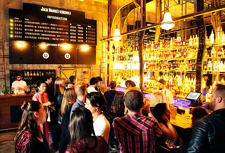 speak-easy cocktail bar in Buenos Aires