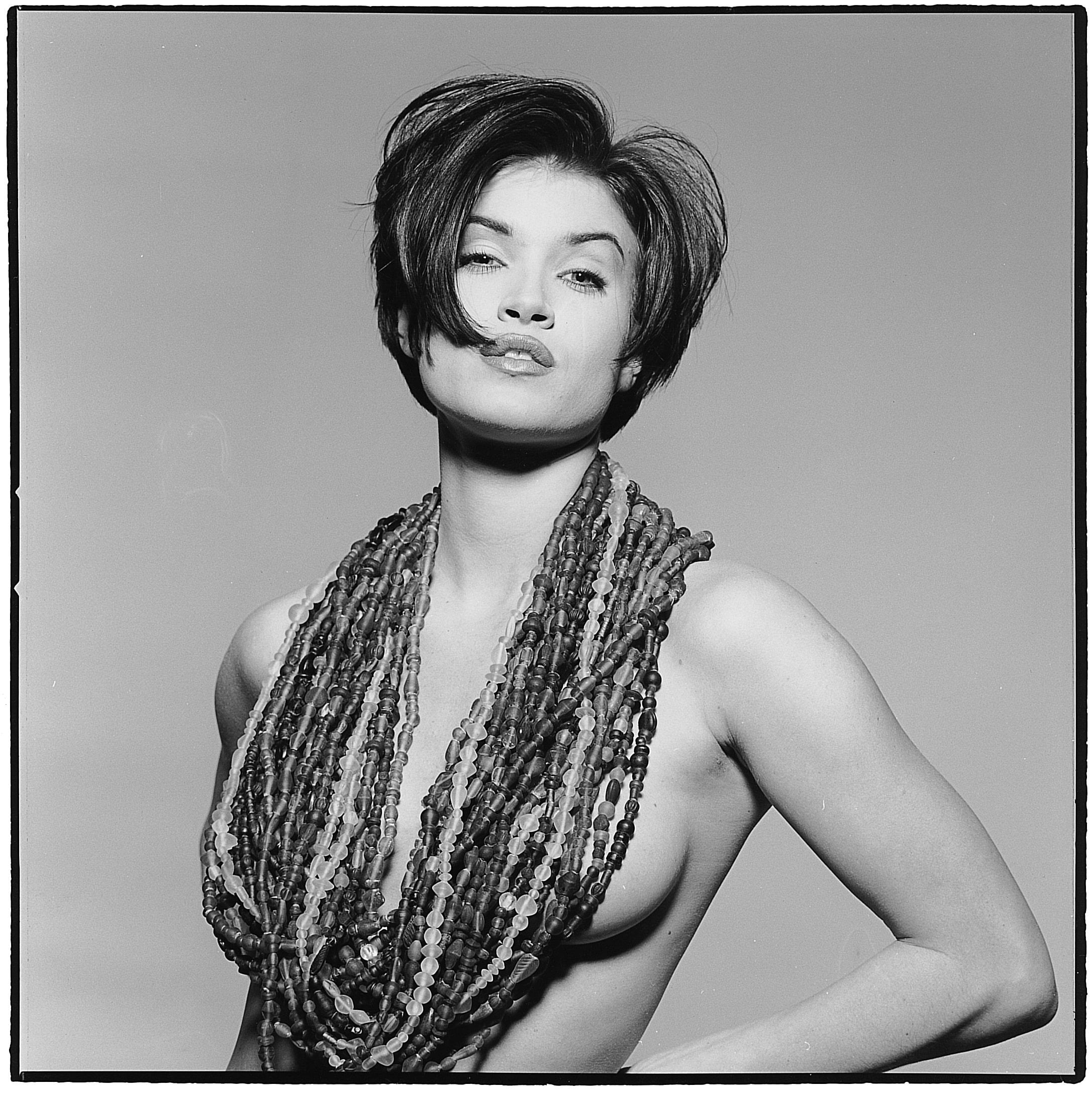 Tidløs og klassisk. I 80'erne var en af tidens stilikoner modellen Anette Toftgård, som senere blev kendt som medvært i tv-blockbusteren 'Husk lige tandbørsten'. Her har Jan klippet hende i klassisk page sat op til narrestreger.