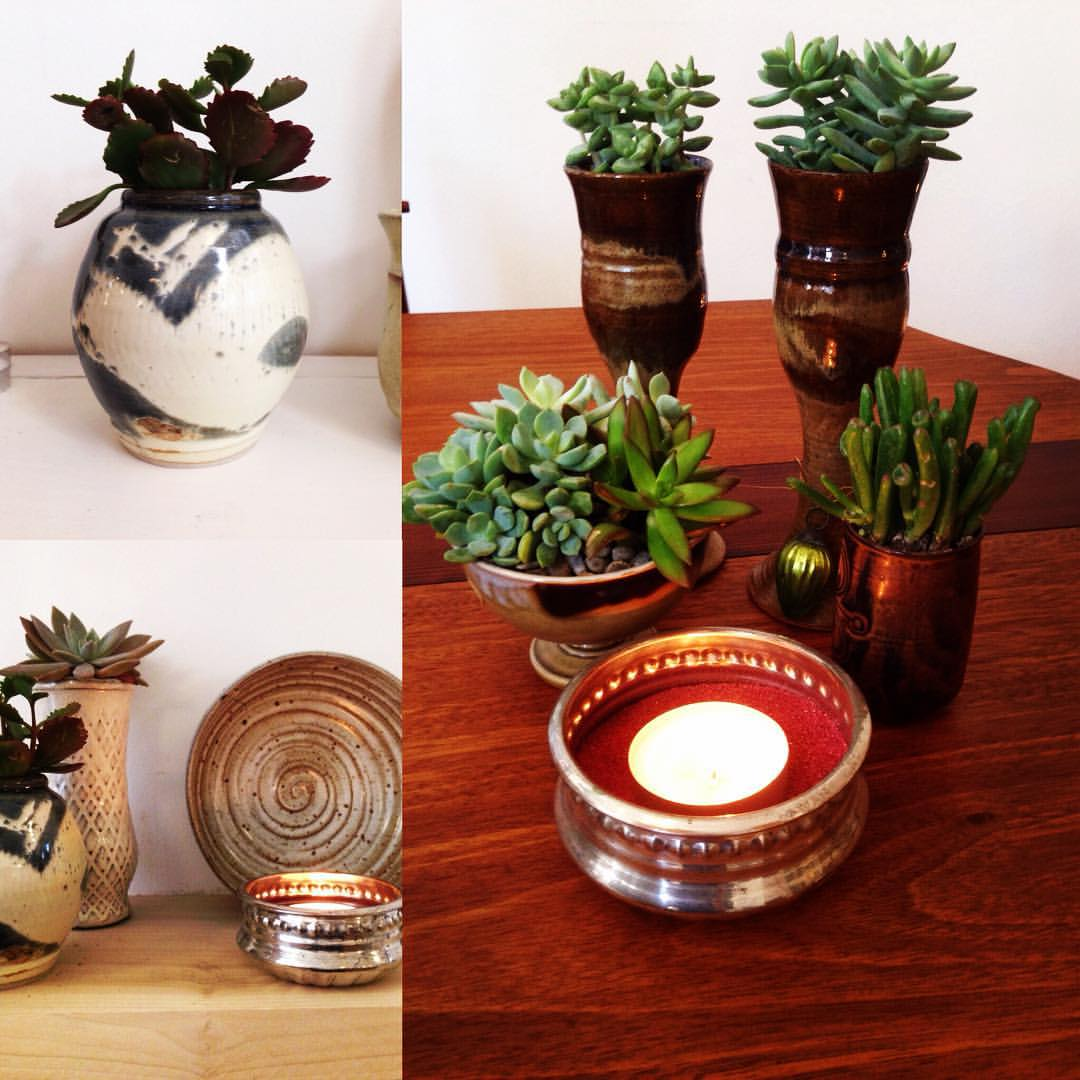 """Plant from @mantra plants make """"lively"""" gifts! #madeinoakland #vintagepottery #handmade #supportlocal #19thstreetoakland #mantraplants #succulents #kosaarts #shoplocaloakland  (at KOSA ARTS)"""
