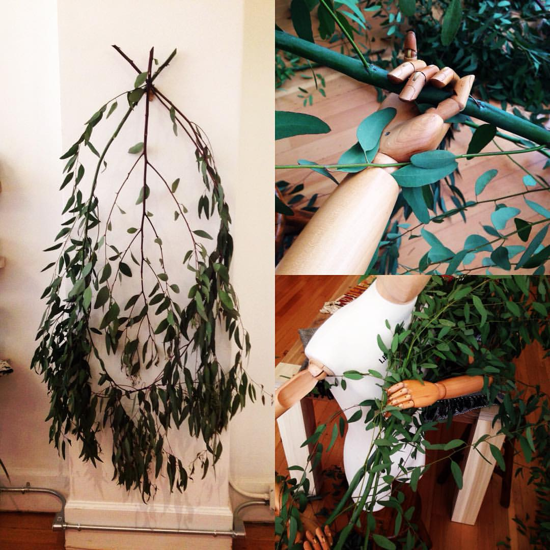 Our freeform PEACE wreath made with Bay Area Eucalyptus and help from the oak head crew. #oakland #sfbayarea #kosaarts #oakheads #shoplocaloakland #peace #19thstreetoakland  (at KOSA ARTS)
