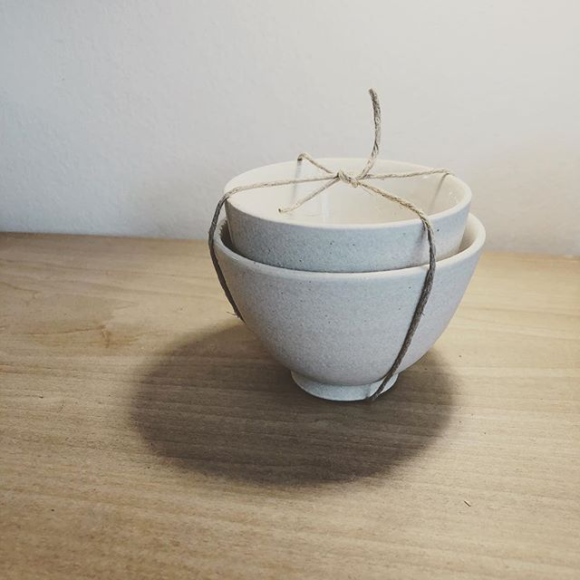 how we hold each other  honor each other's creative spirit objects made from integrity will move you ✨ @kelleyraeburnett . . . #kellyraeburnett #artisan #ceramics #clay #teabowls #behold #pottery  #minimalstyle #handthrown #light