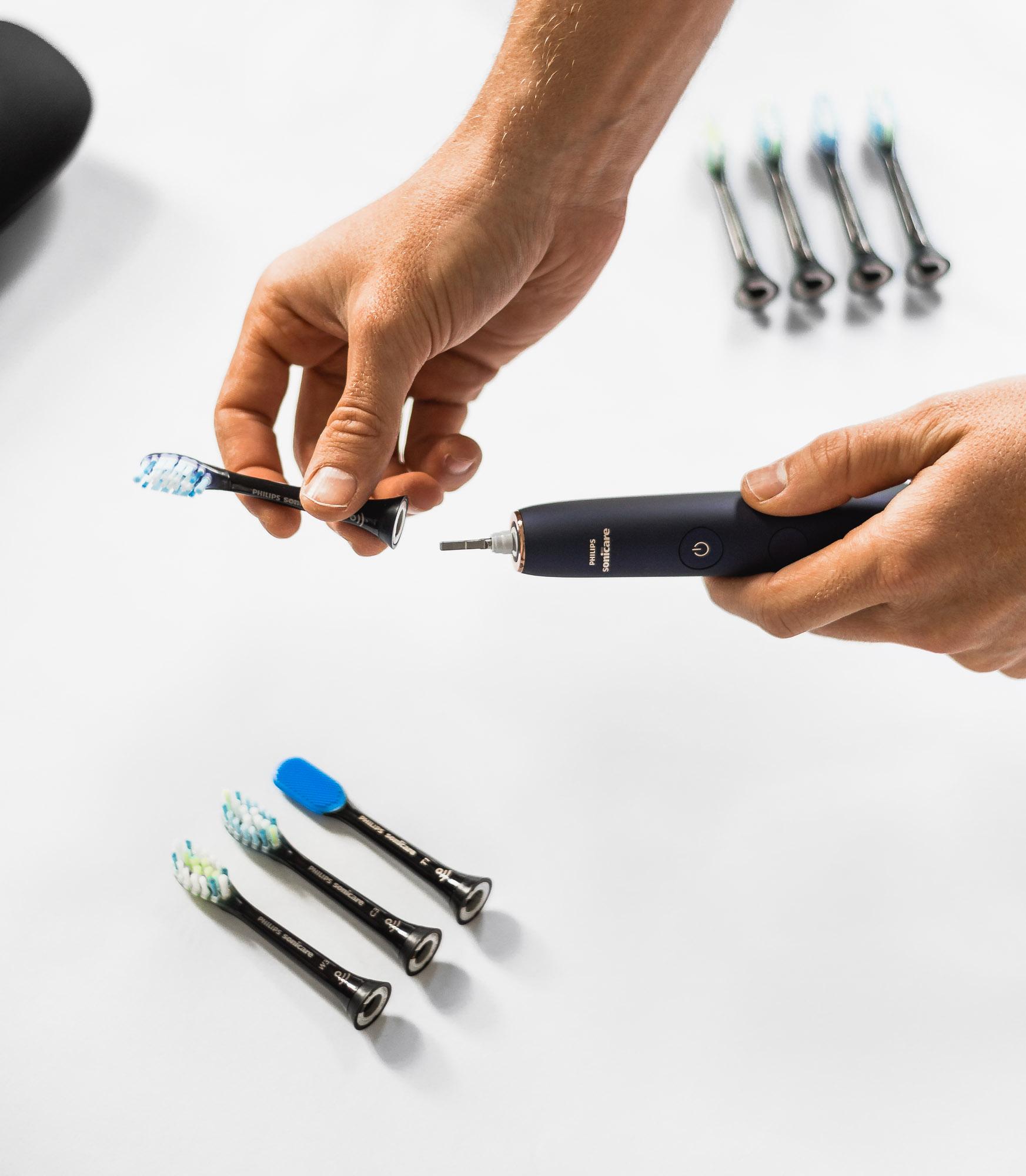 Philips Sonicare DiamondClean Smart toothbrush 9700