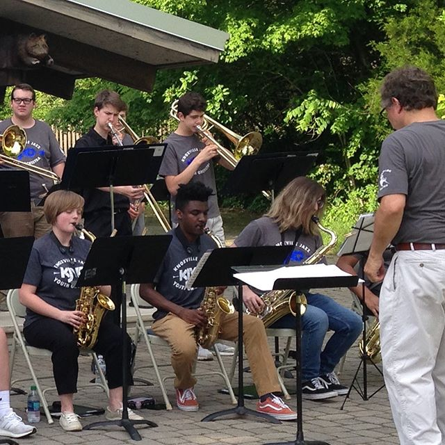The Knoxville Jazz Youth Orchestra is jazzing up @ijamsnaturecenter tonight. Free concert 6-8P. If you miss this one, come to the freebie at Market Square next week! More info at www.knoxjazz.org. #knoxvillejazzorchestra #ijamsnaturecenter #knoxrocks #jazzeducation