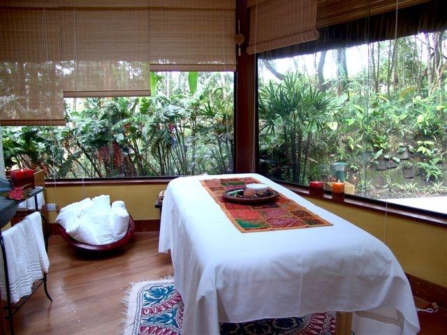 Unique quiosque massagem 3 - crédito Alan Gouveia[2].JPG