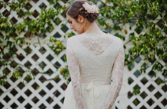 sleeved-wedding-dresses-on-etsy-bridal-trends-2012-5b.medium_large.jpg