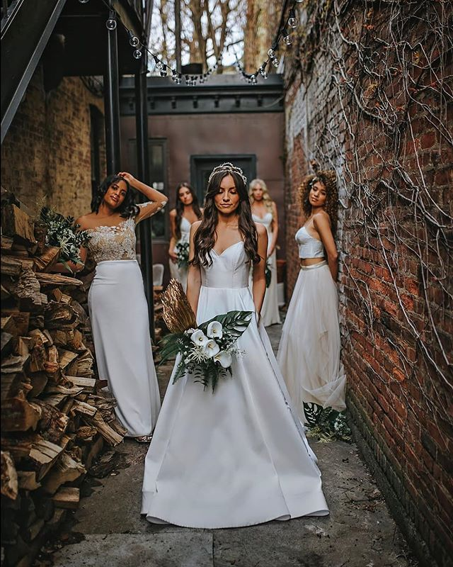 Wedding day squad😍  Sneak Peek from an amazing shoot with @bridesxbabes Shop all of these amazing Rebecca Schoneveld gowns at Schone bride.
