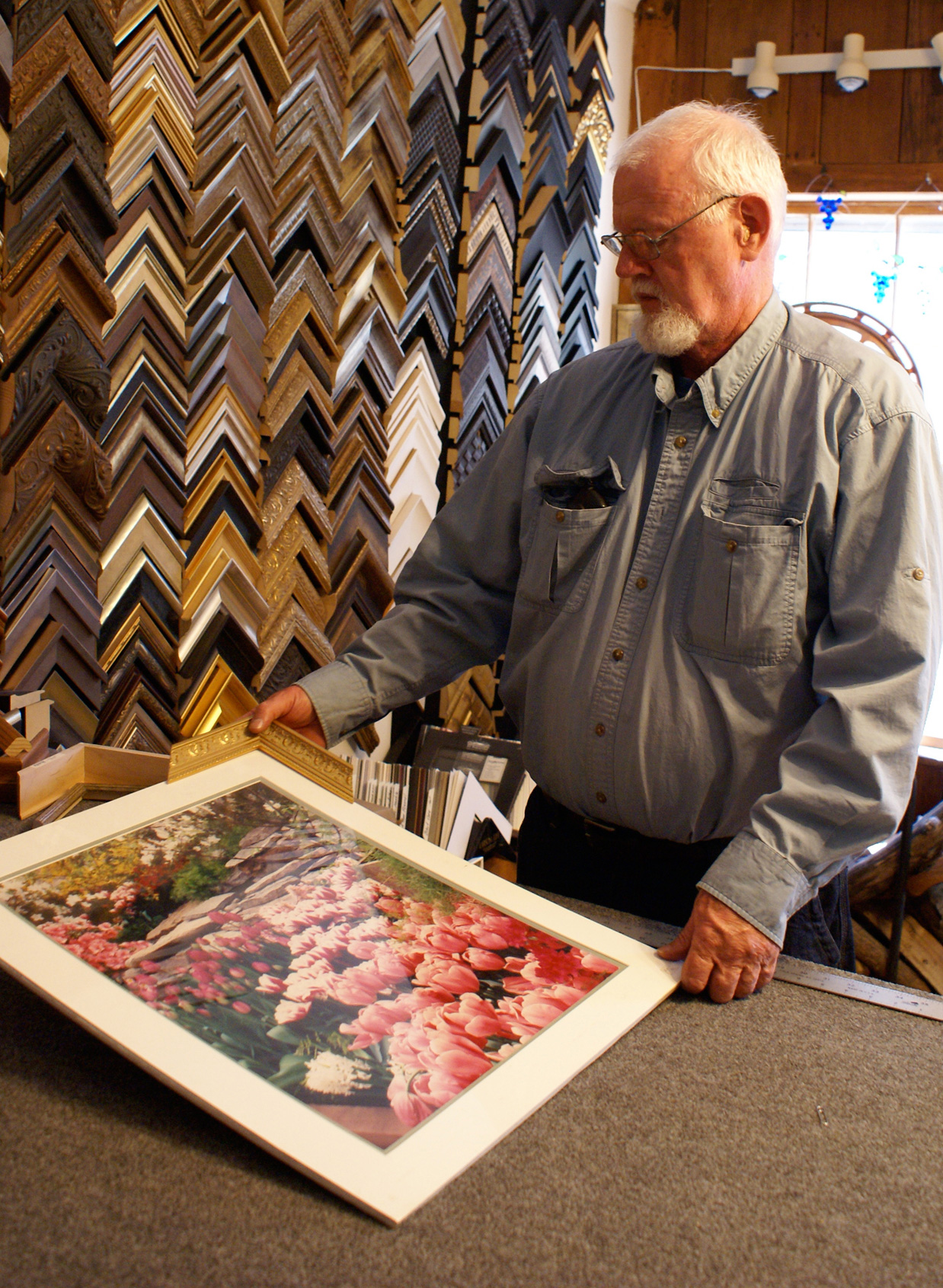 Donald Dowling selecting a frame.