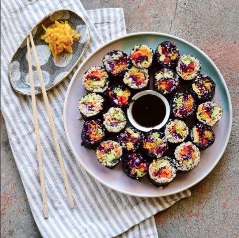 Rainbow sushi rolls with brown rice