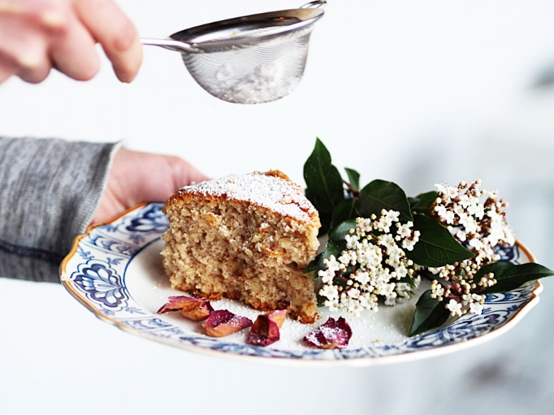 vegan orange almond cake