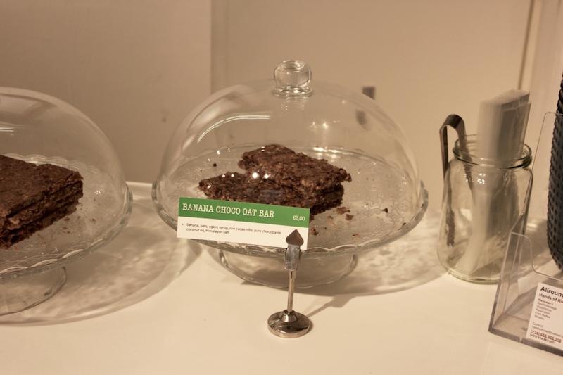 raw-vegan-chocolate-slices-juicebrothers-amsterdam-guide.jpg
