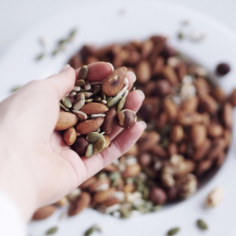 homemade-dairyfree-vegan-almond-nut-seed-milk-recipe.jpg