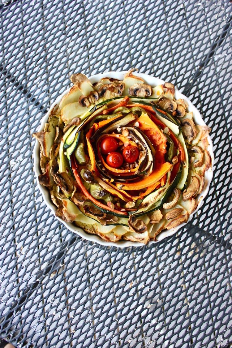 spiral-vegetable-tart-vegan-recipe-oat-crust.jpg