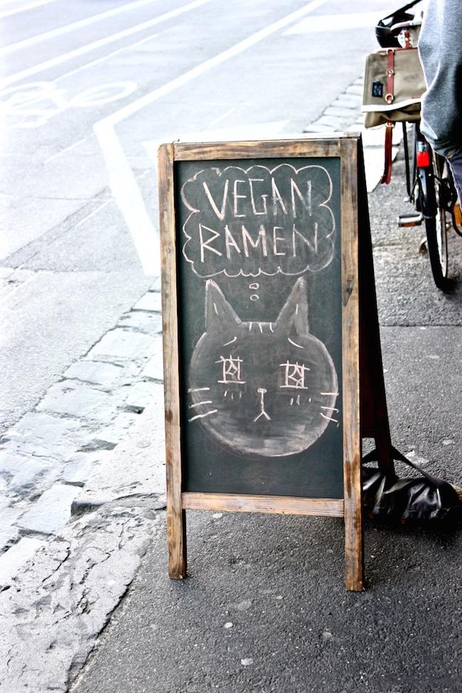 vegan-ramen-neko-neko-best-japanese-vegetarian-melbourne-fitzroy.jpg