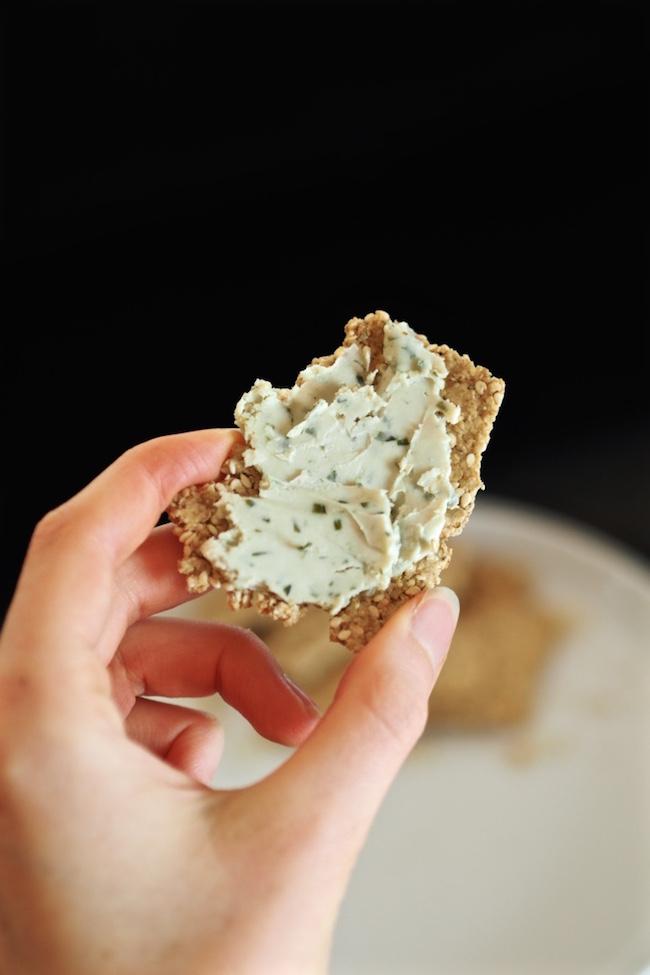 vegan-oat-cake-recipe-tahini-sesame-seed-oil-free.jpg