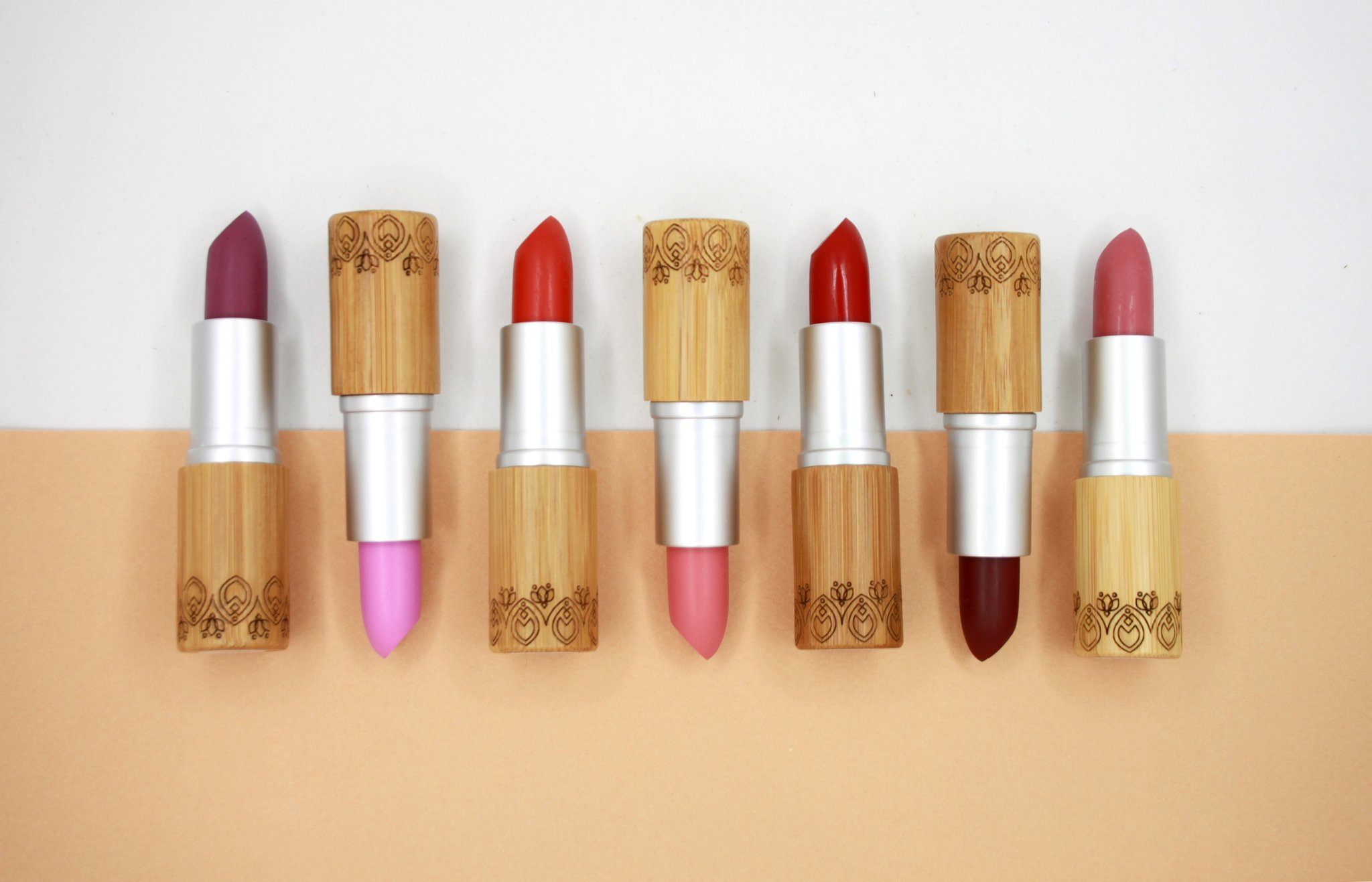 Plastic free cosmetics - Elate are packaged in bamboo and recyclable metal containers.