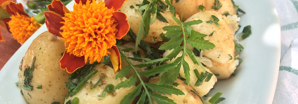 Marigold leaves - become the star in this unusual recipe for potato salad