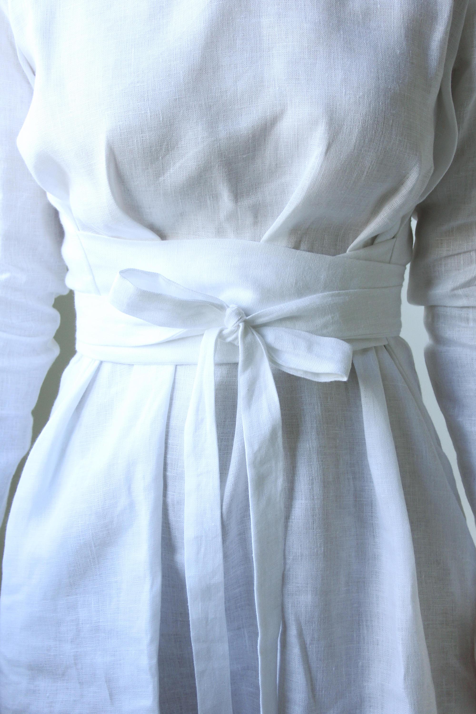 The elegance of white linen -