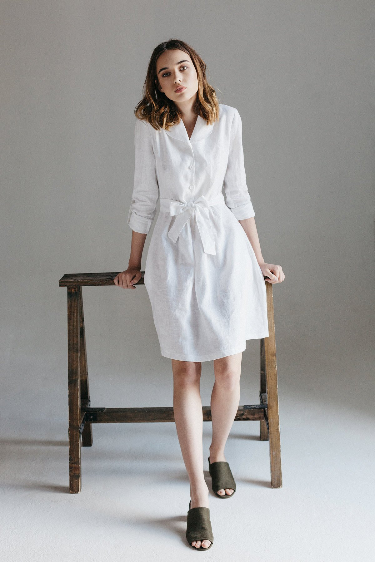 This peter-pan collar dress has us charmed. - It's made in the Ukraine from local organic linen by NichStore.