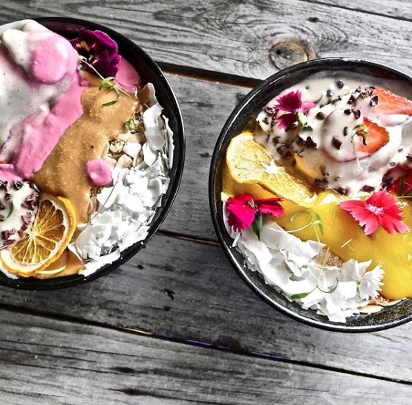 Some of Melbourne's best smoothie bowls at Particle Cafe, with a fully vegan, gluten-free, healthy menu.