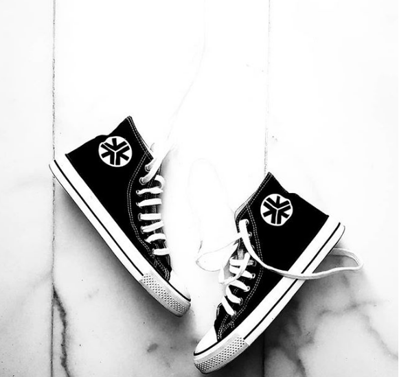 ethical-vegan-sustainable-black-friday-brands-etiko-fairtrade-sneakers.png