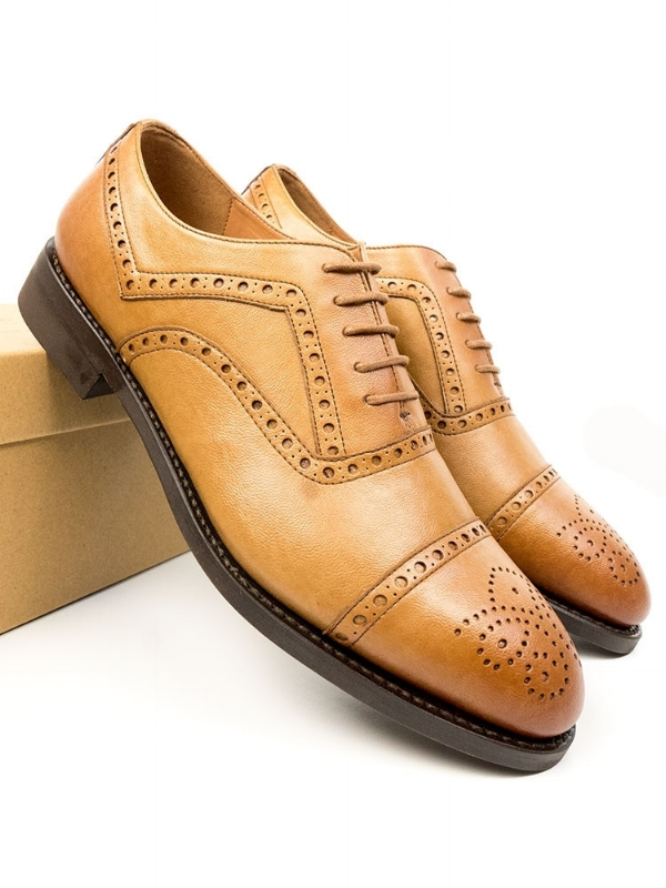 Classic style men's vegan dress shoes, by Will's London. Made ethically in Portugal.