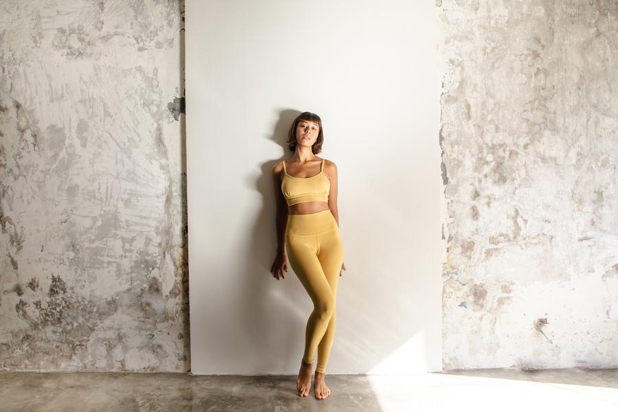 organic-cotton-yoga-leggings-brands-eco-friendly-indigo-luna-yellow-1.jpg
