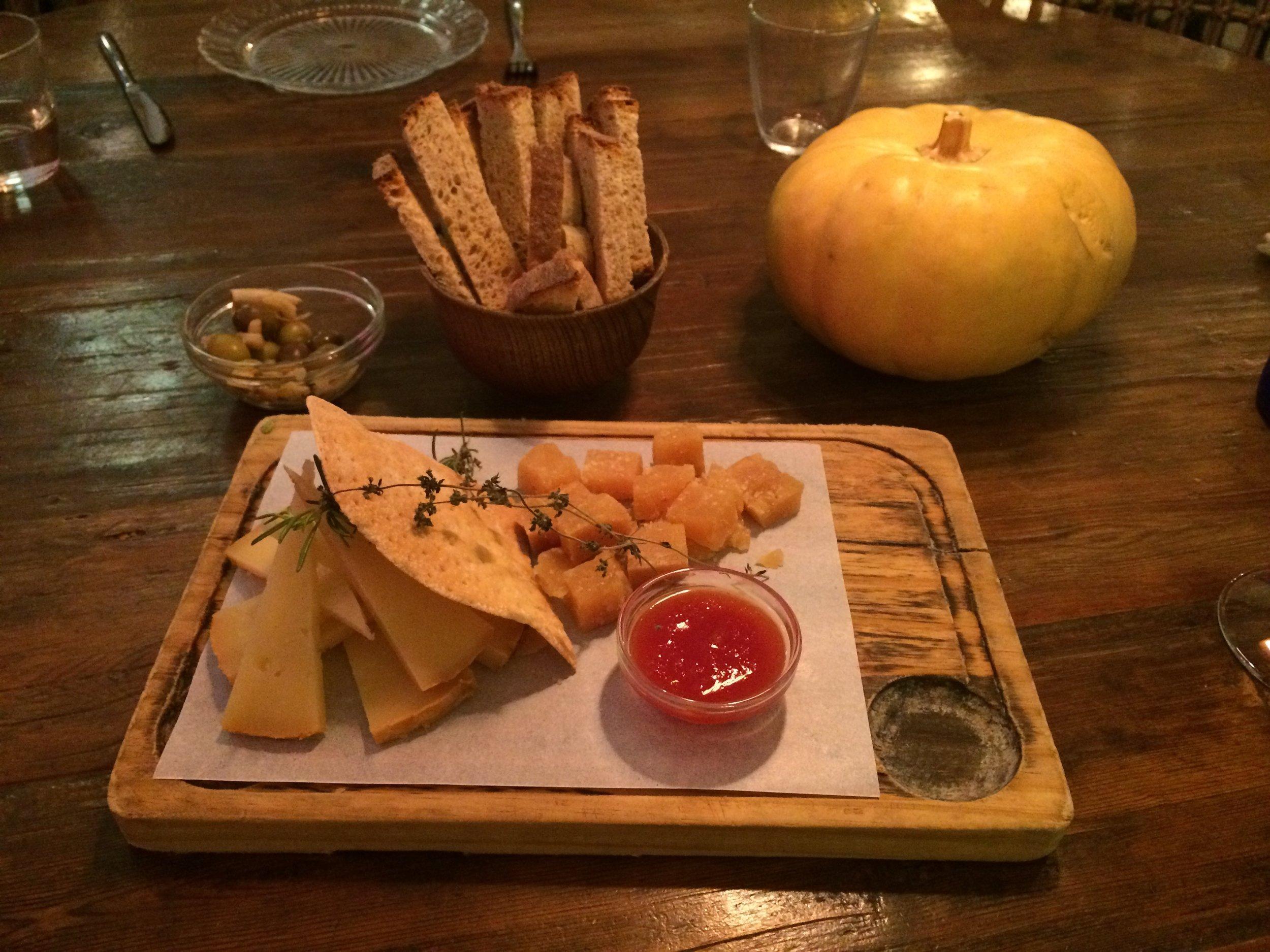 conTenedor Cheese platter