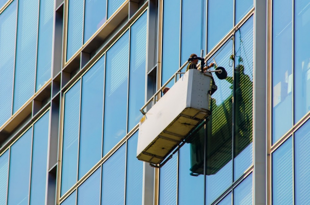 commercial-window-cleaning.jpg