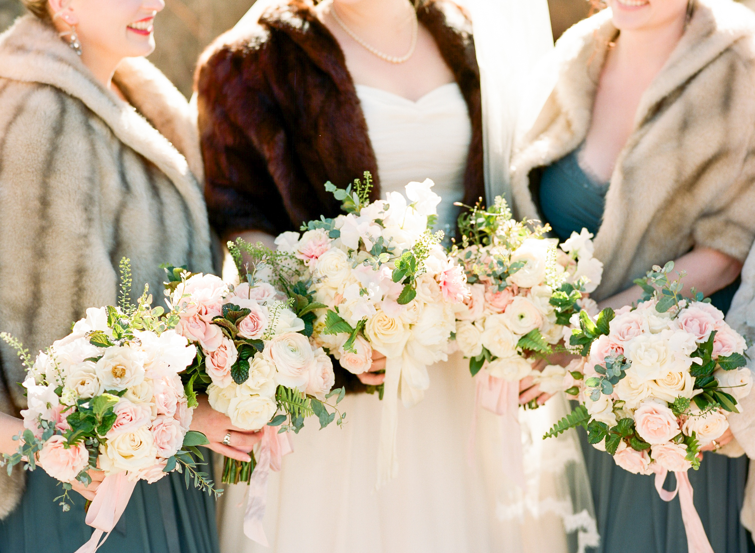 Twin_Owls_Steakhouse-wedding_photographer_Estes_Park_Lisa_ODwyer-213.jpg