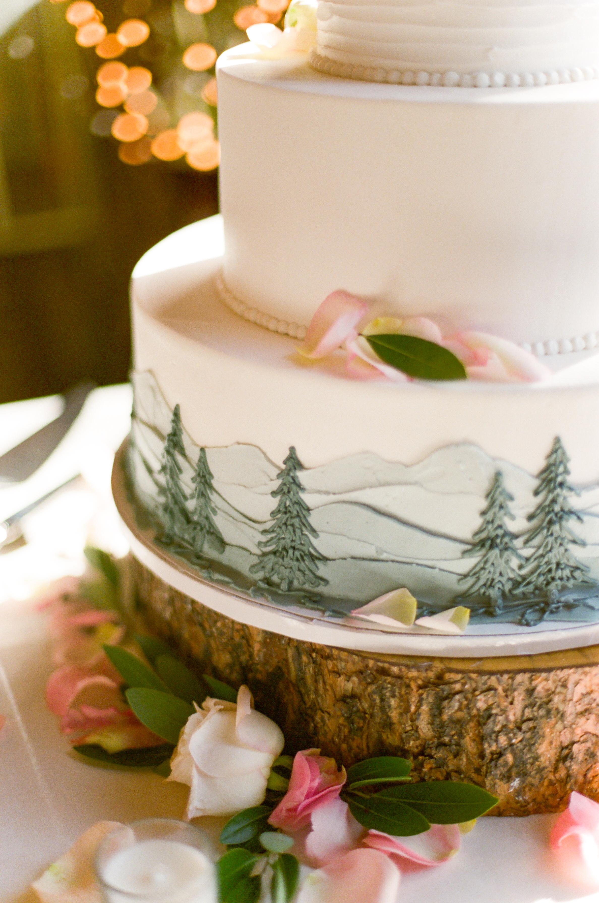 Twin_Owls_Steakhouse-wedding_photographer_Estes_Park_Lisa_ODwyer-491.jpg
