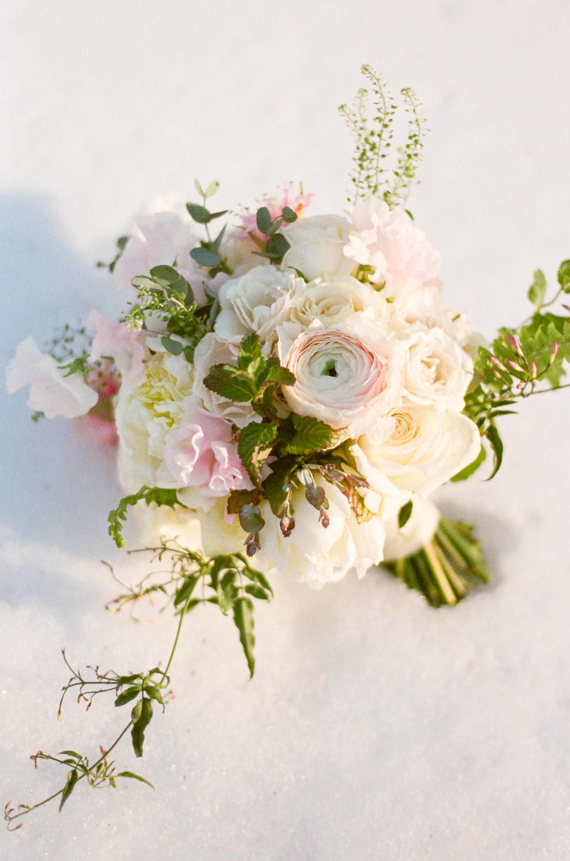 Twin_Owls_Steakhouse-wedding_photographer_Estes_Park_Lisa_ODwyer-695.jpg