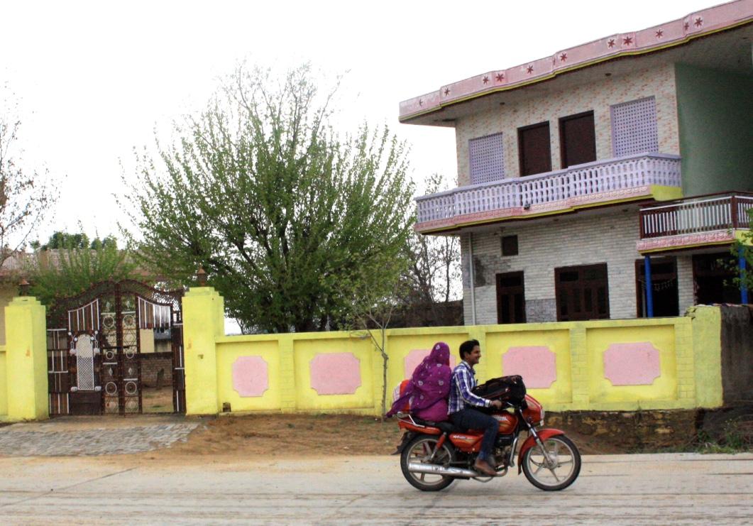 The Beautiful Sarees of Rajasthan // via Habitation Co.