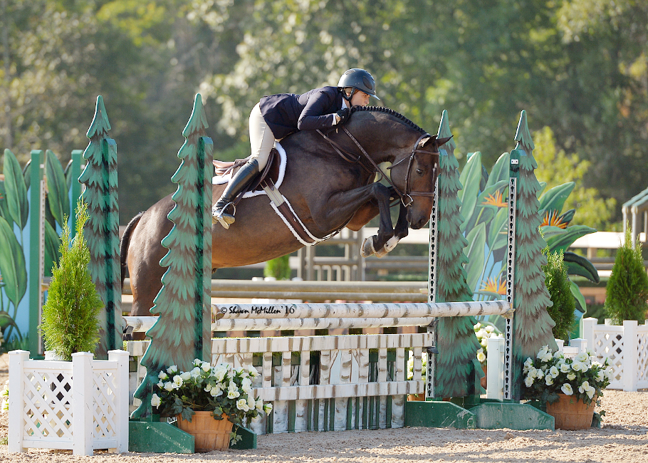 Victoria Colvin at 2016 Capital Challenge in her LESA Pro-Formance Pad. Shawn McMillen Photography.