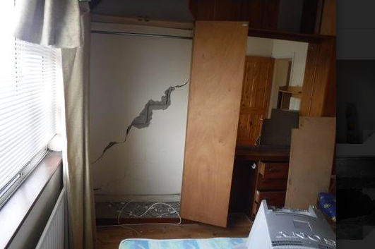 Cracks to chimney breast on first floor
