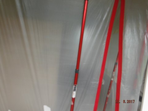 Internal dust management room with extraction dust system.
