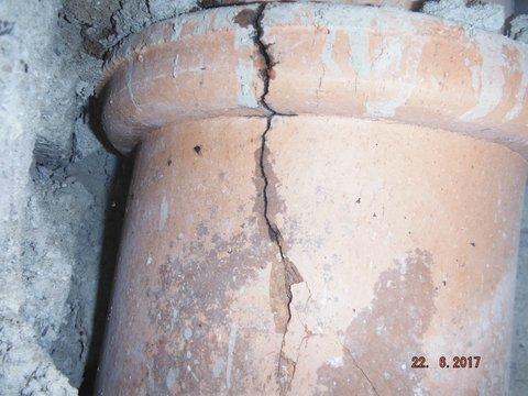 Cracked flue exposed
