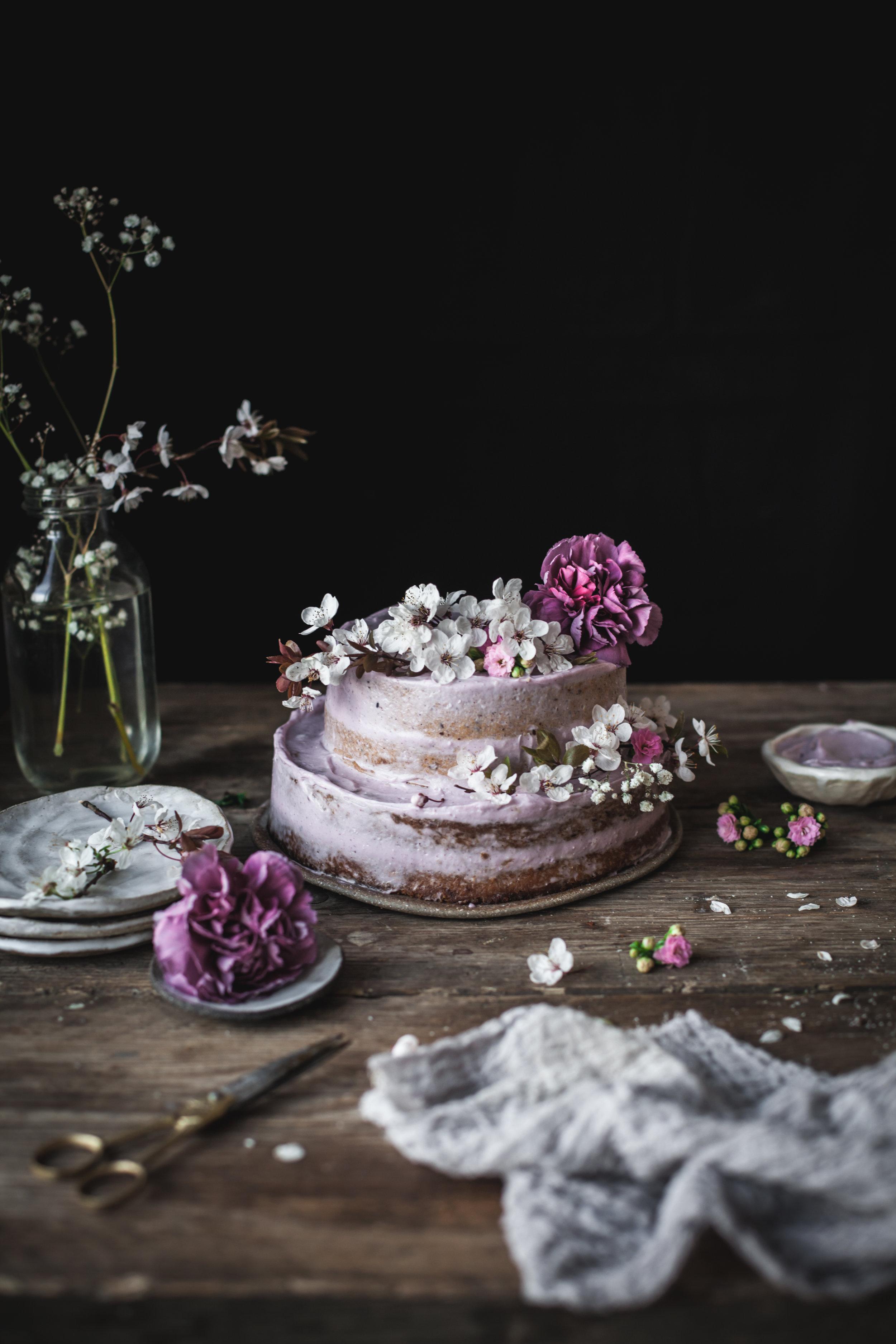 emon lavender cake