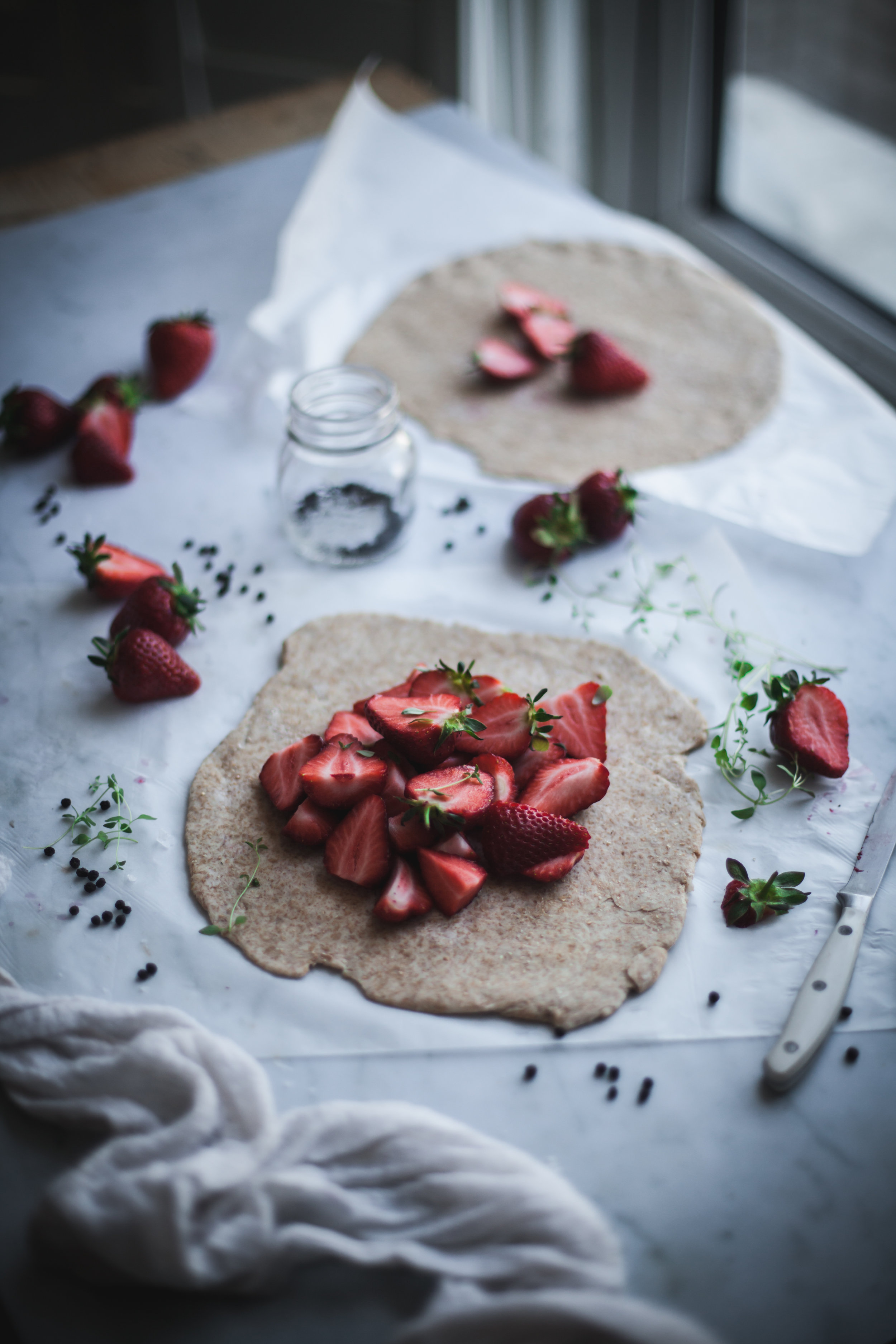 strawberries galette with thyme and peppercorn