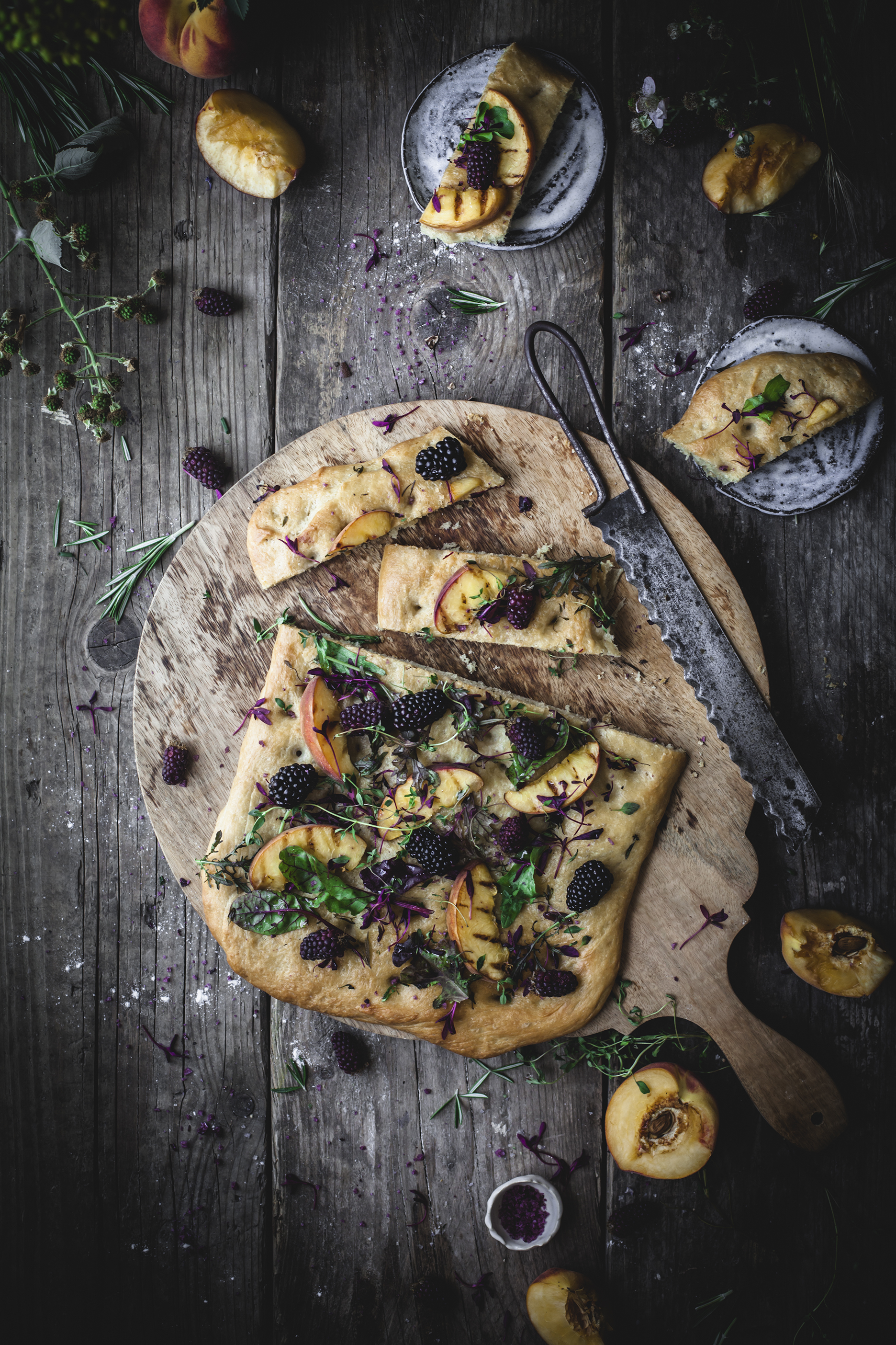 focaccia with backberries herbs and grilled nectarines