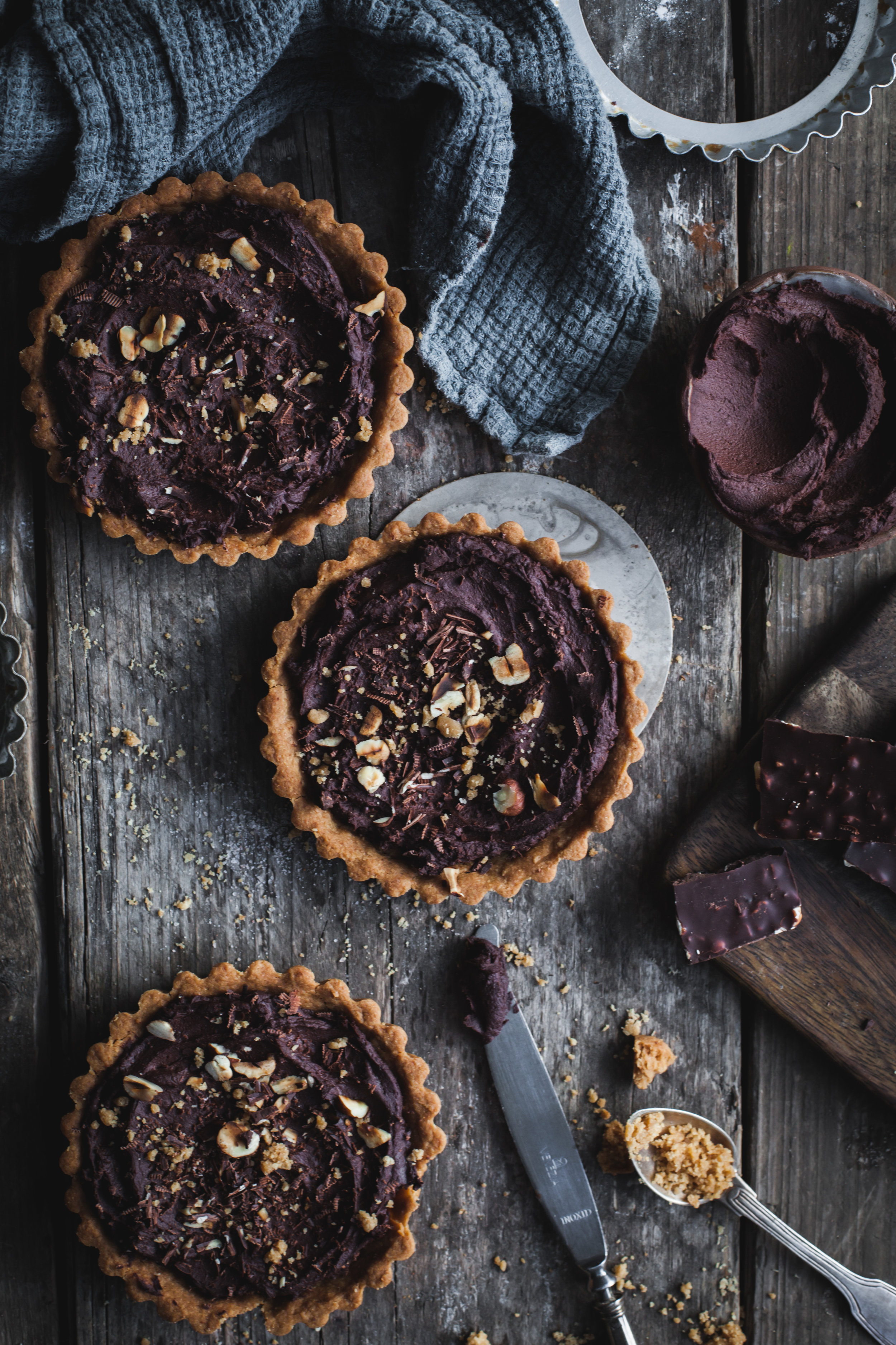 Vegan chocolate tarts with toasted aquafaba Thoughts about being a Food Photographer on Instagram