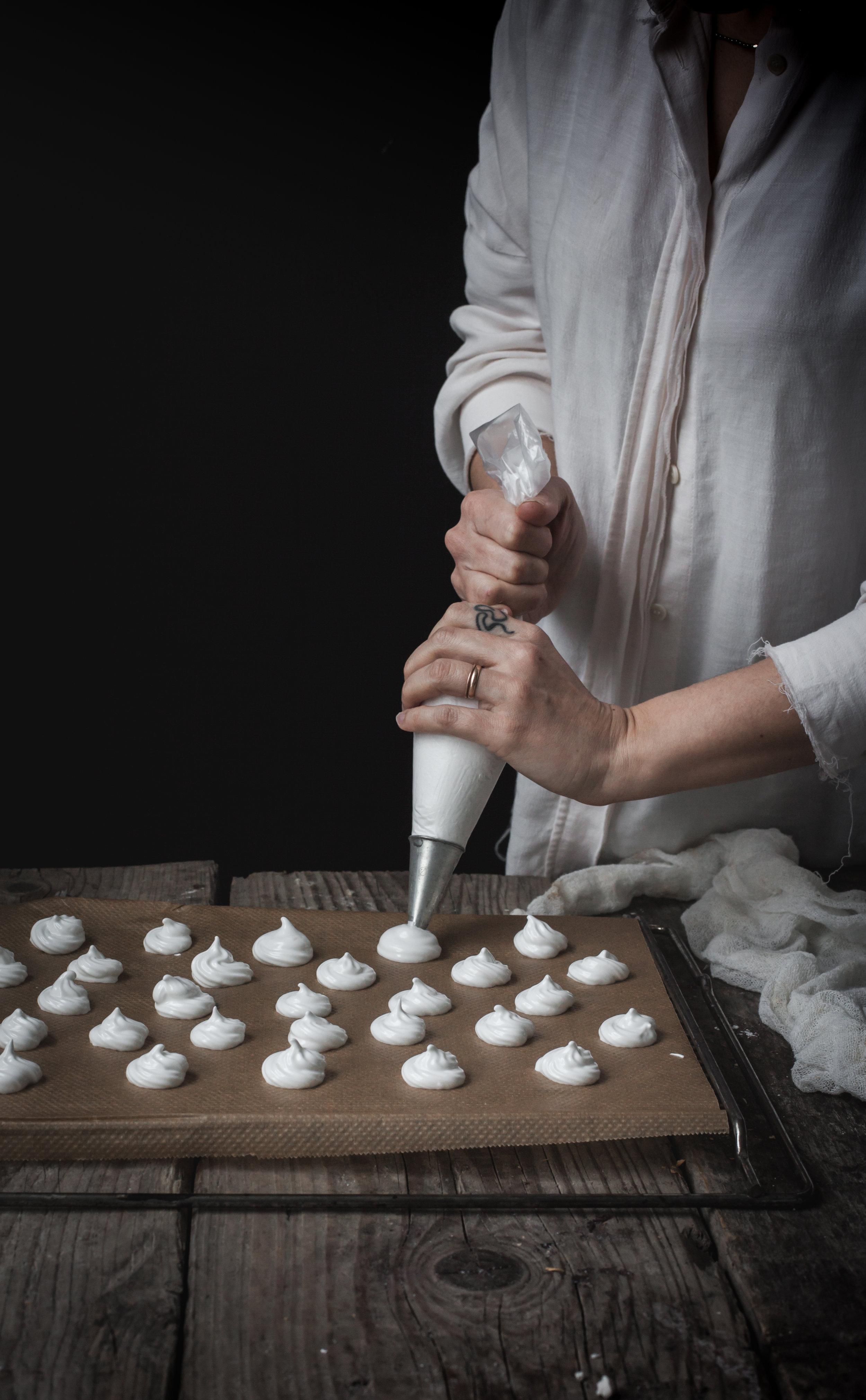 vegan meringues #aquafaba