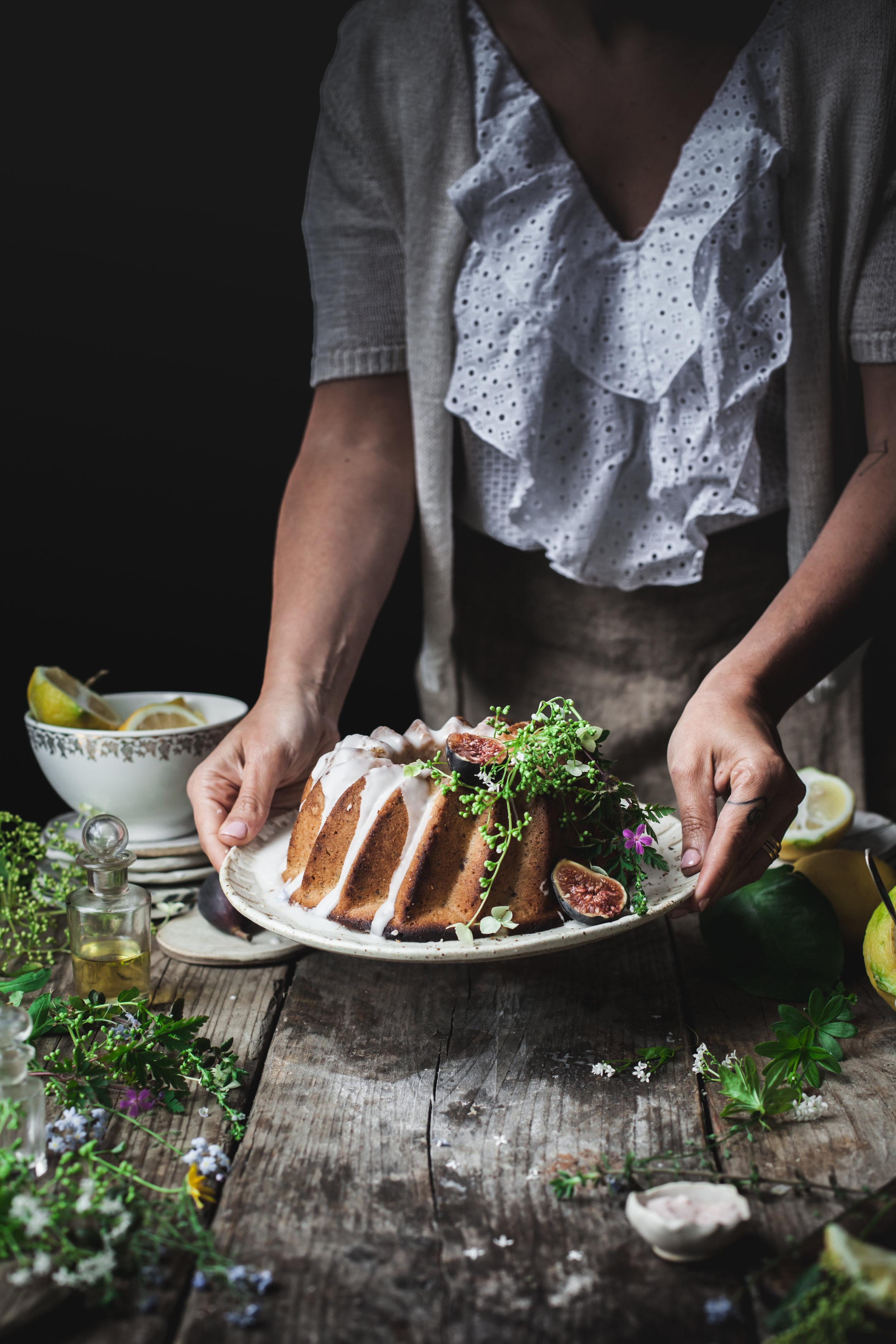 Lemon and Thyme Vegan Boudt Cake