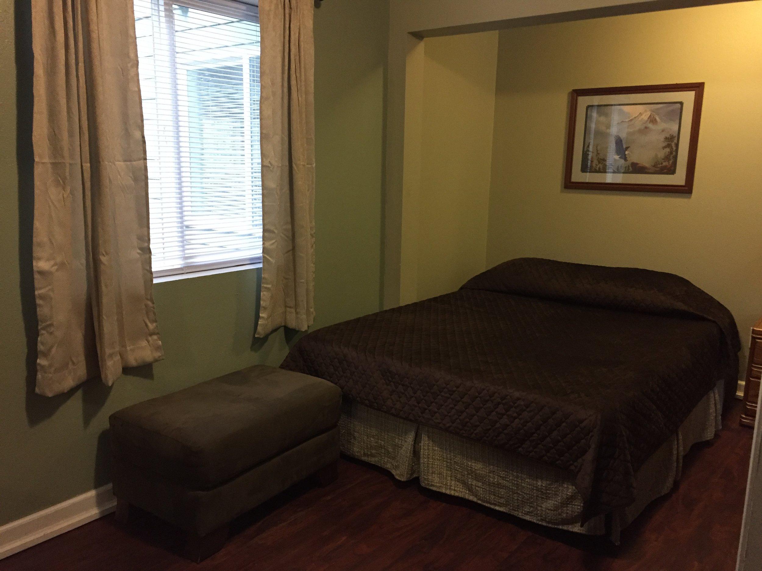 spacious room 2.JPG