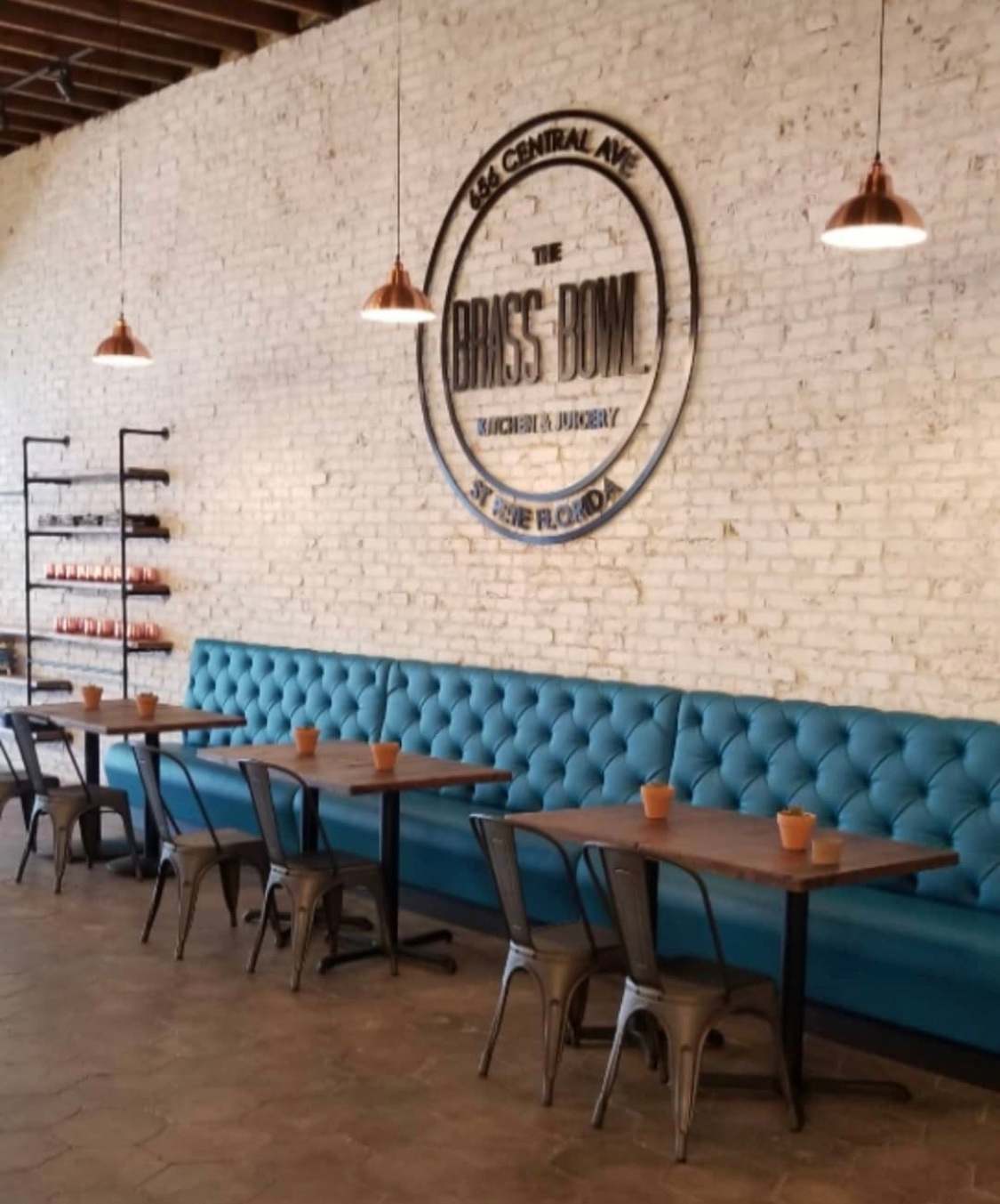 Interior of Brass Bowl Kitchen and Juicery located at 656 Central Avenue in Downtown St Petersburg, FL
