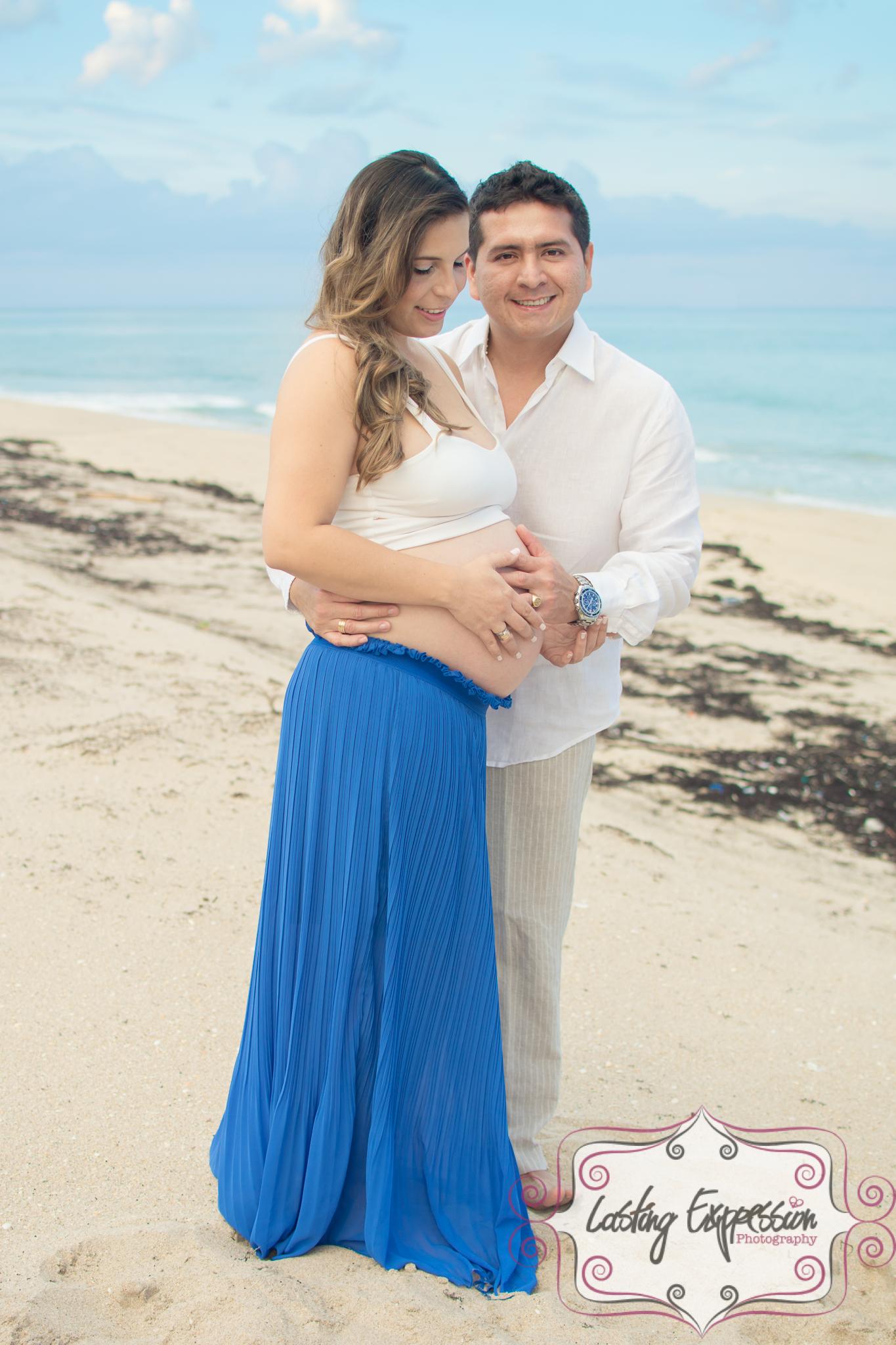 maternity-3logo.jpg