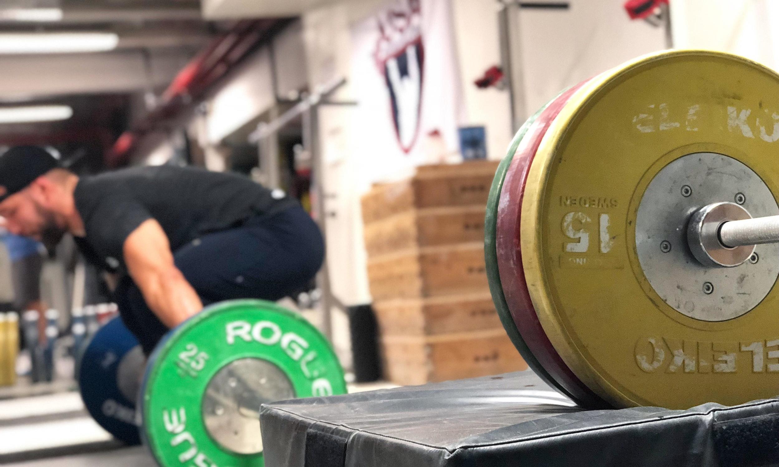 j2fit weightlifitng.jpg