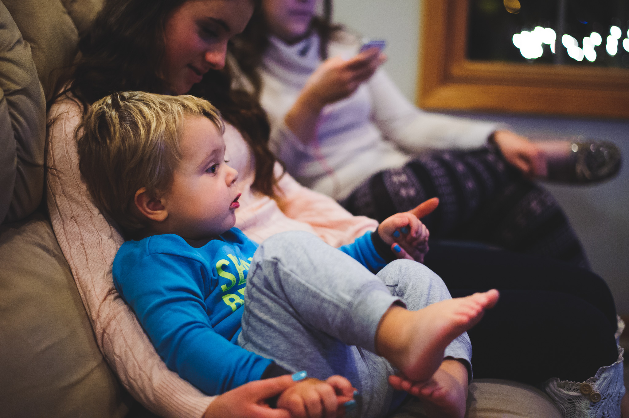 31 Dec 2016 | We spent New Years Eve with my extended family in central Illinois, and Leo latched on to my cousin's daughter. Here, they're watching Dick Clark's New Year's Rockin' Eve.
